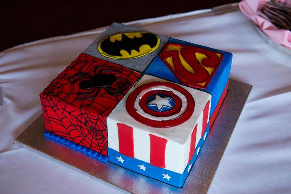 Wedding Cakes superheros Batman Superman Spiderman Captain America