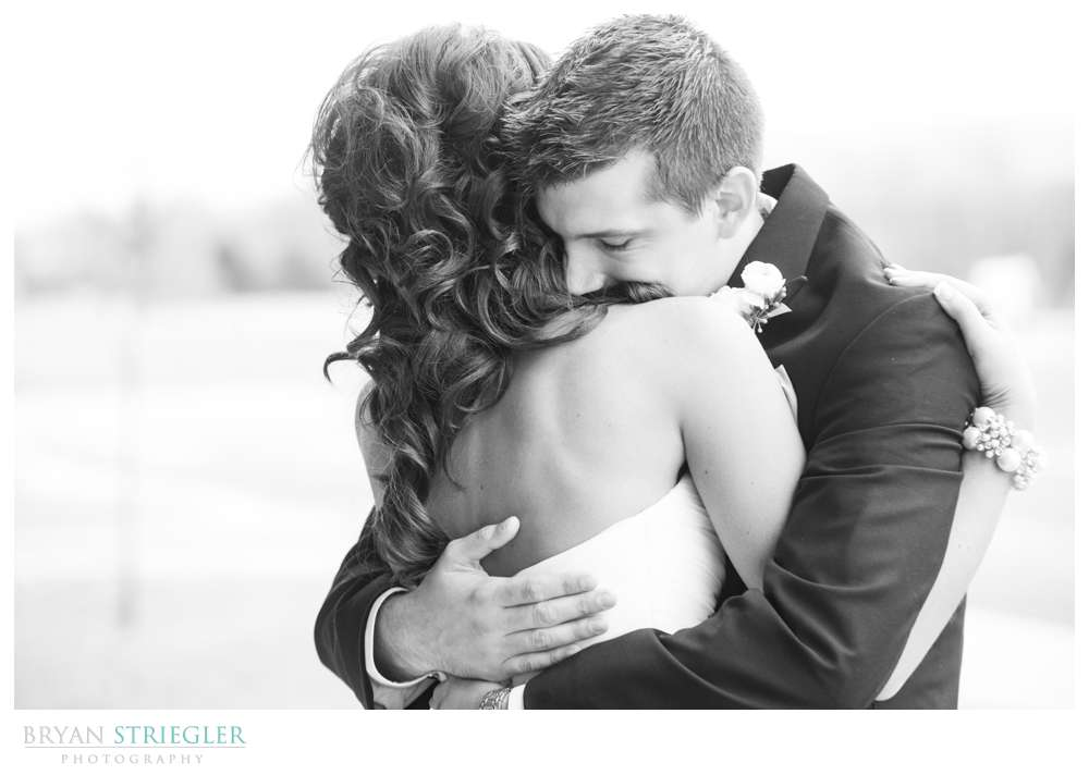Fayetteville wedding photographer first look hug