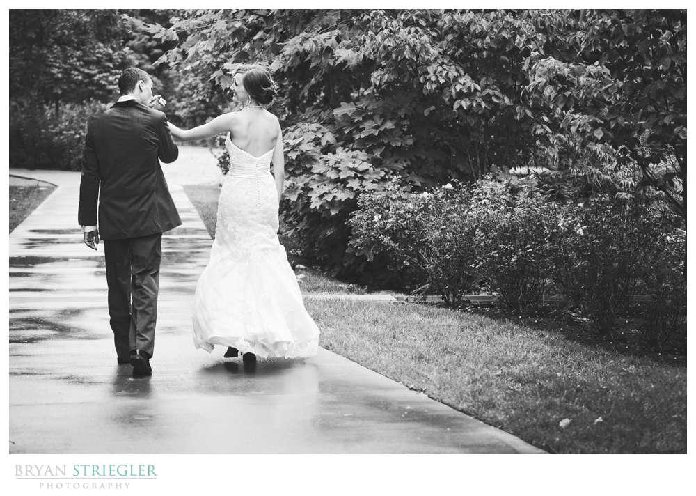 Northwest Arkansas Wedding Photographers black and white kissing hand