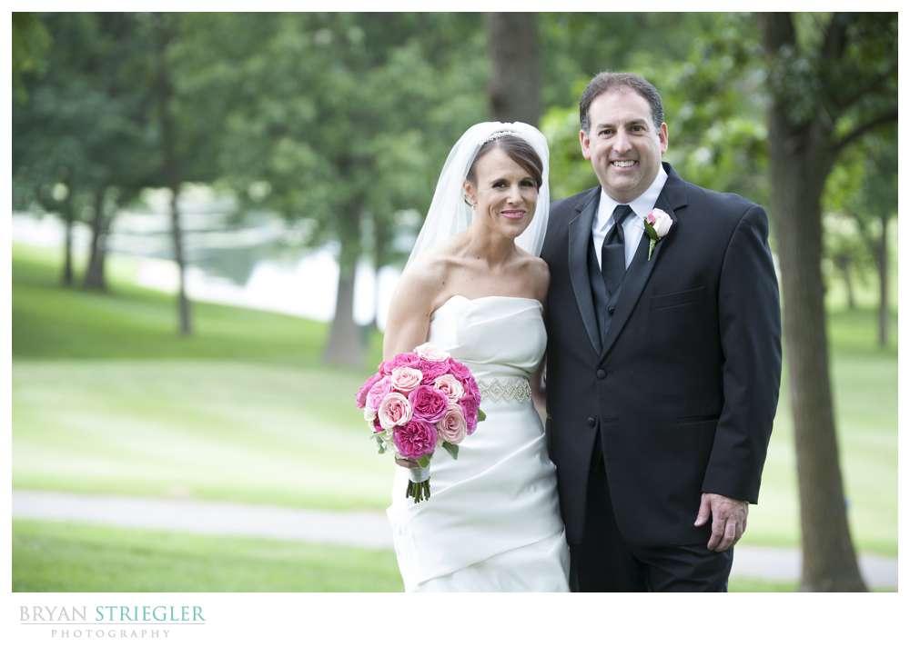 Arkansas wedding couple portrait golf course