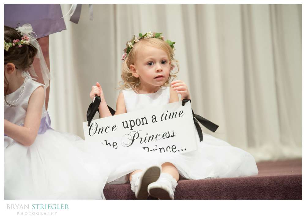 Fayetteville wedding photographer flower girl with sign