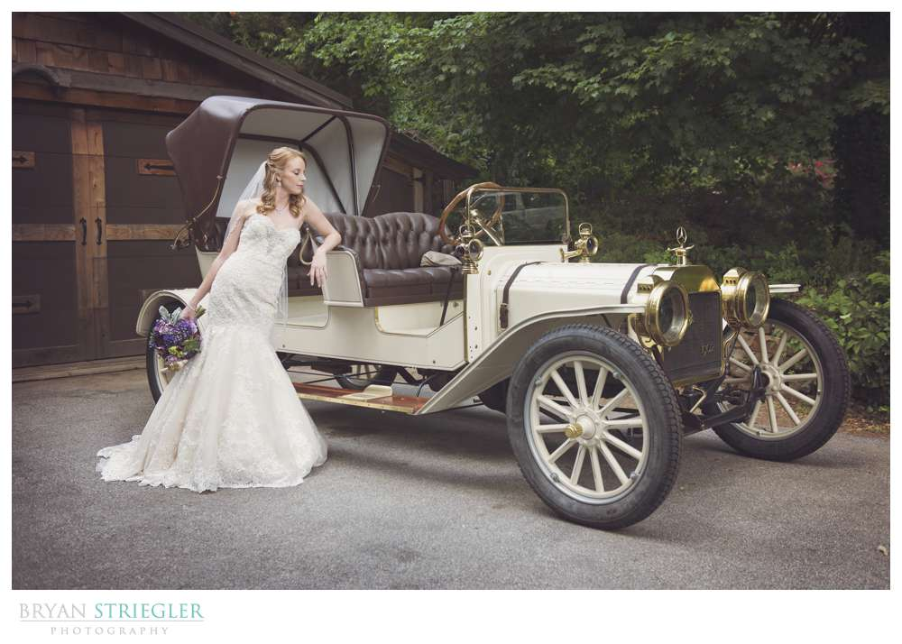 Northwest Arkansas Wedding  bride with classic car