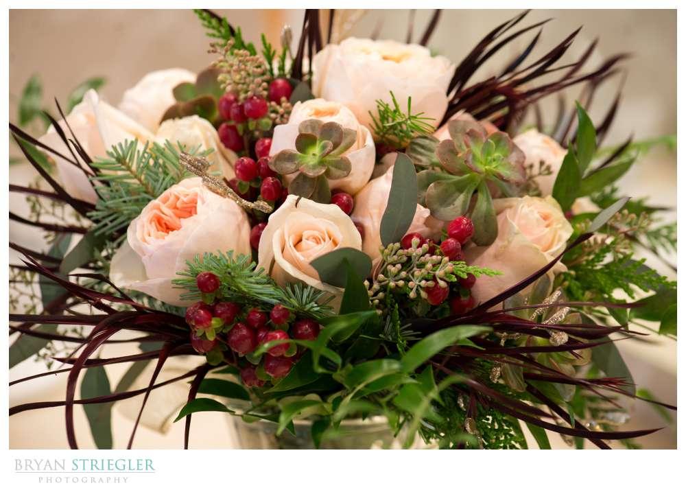 Arkansas Winter Wedding flowers