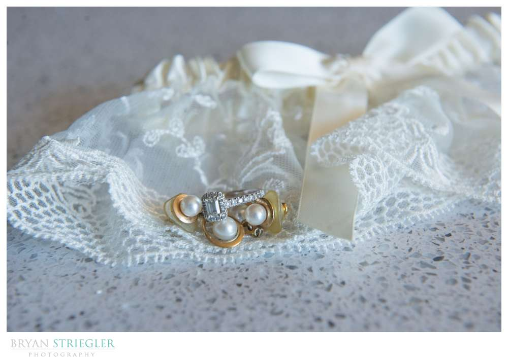 Fayetteville, Arkansas wedding garter with ring and earrings
