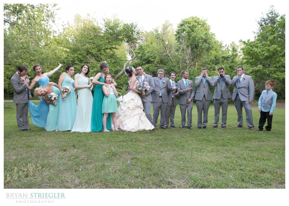 bridal party photos goofy poses