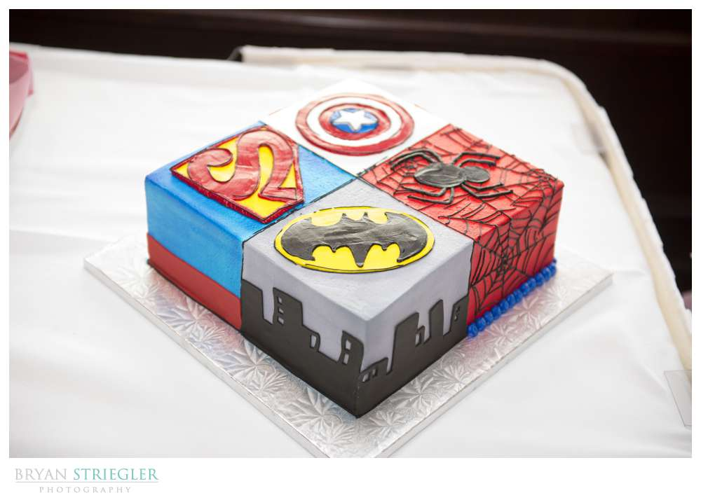 Arkansas wedding groom cake superheroes