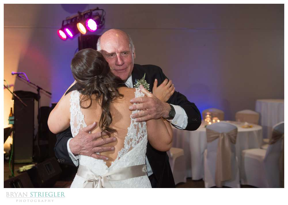 Fayetteville, Arkansas wedding father daughter dance