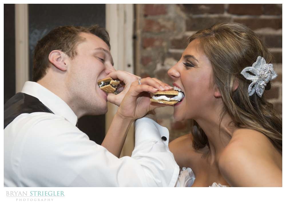 Arkansas Winter Wedding S'mores