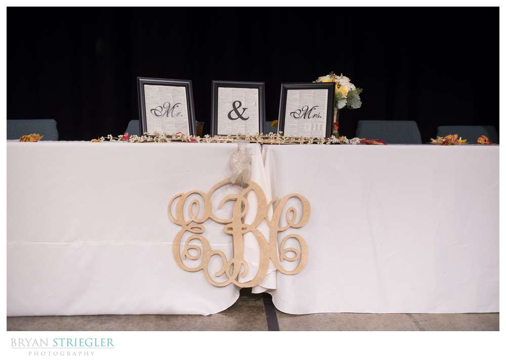 Springdale Arkansas Wedding  head table