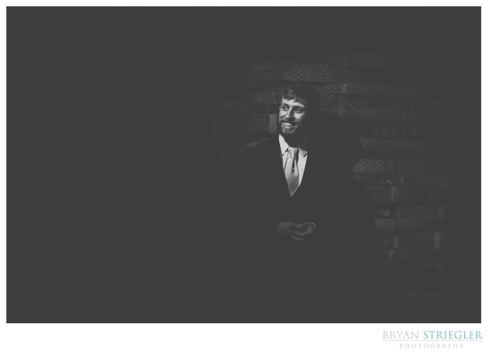 groom portrait black and white