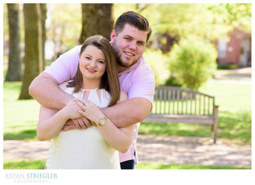 engagement photos in a park