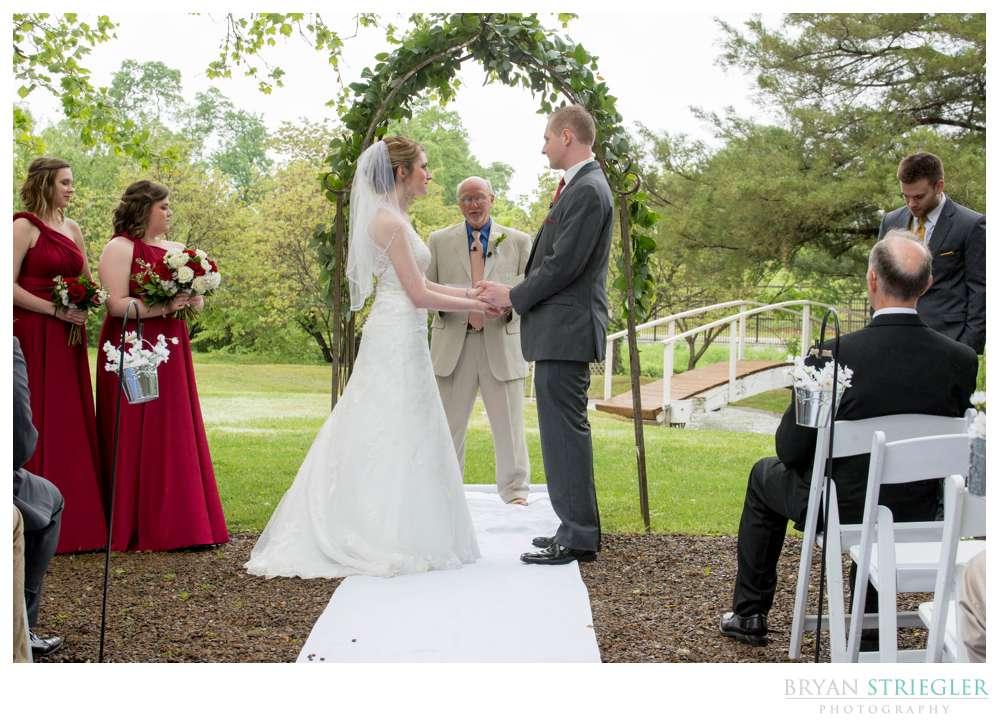 wedding photos at Magnolia Gardens