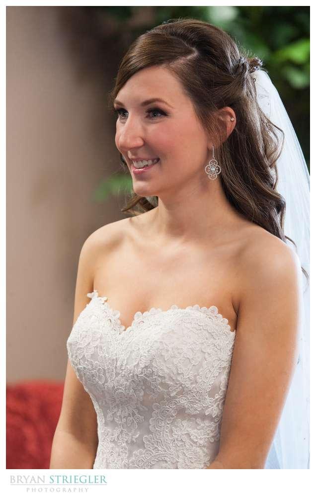 Springdale Arkansas Wedding bride