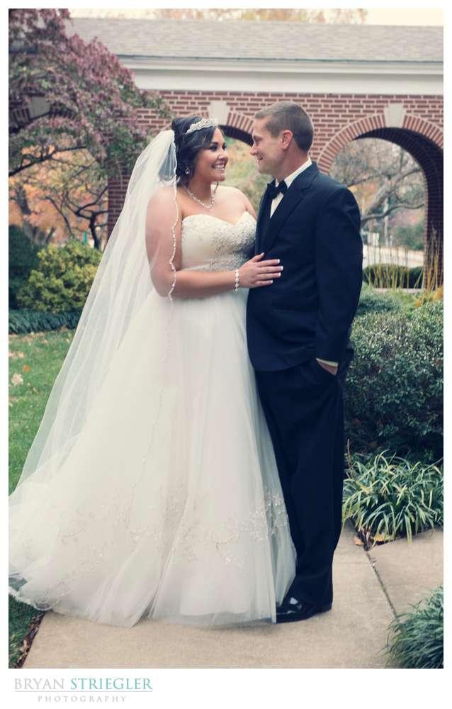 Northwest Arkansas Wedding Photographer couple portraits