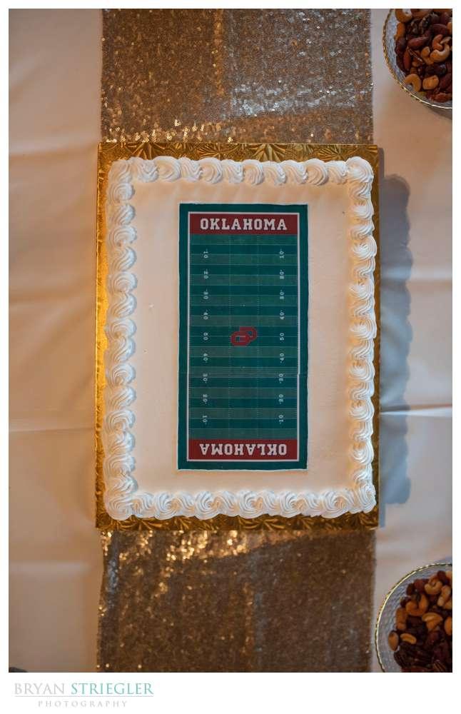 Oklahoma Sooners wedding cake