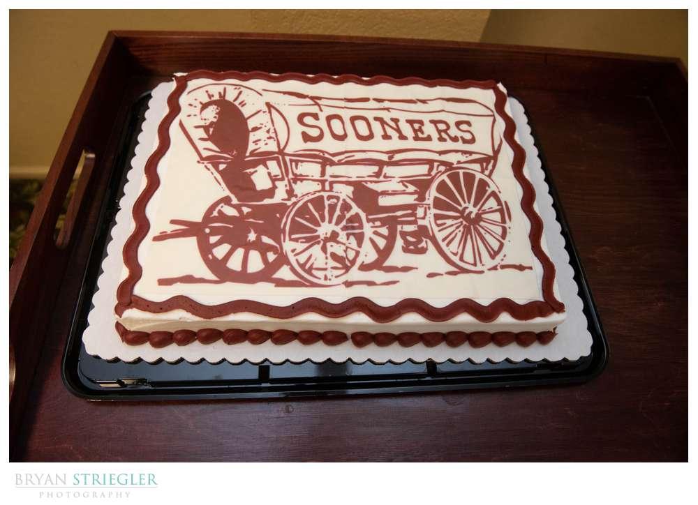 Oklahoma sooners groom cake