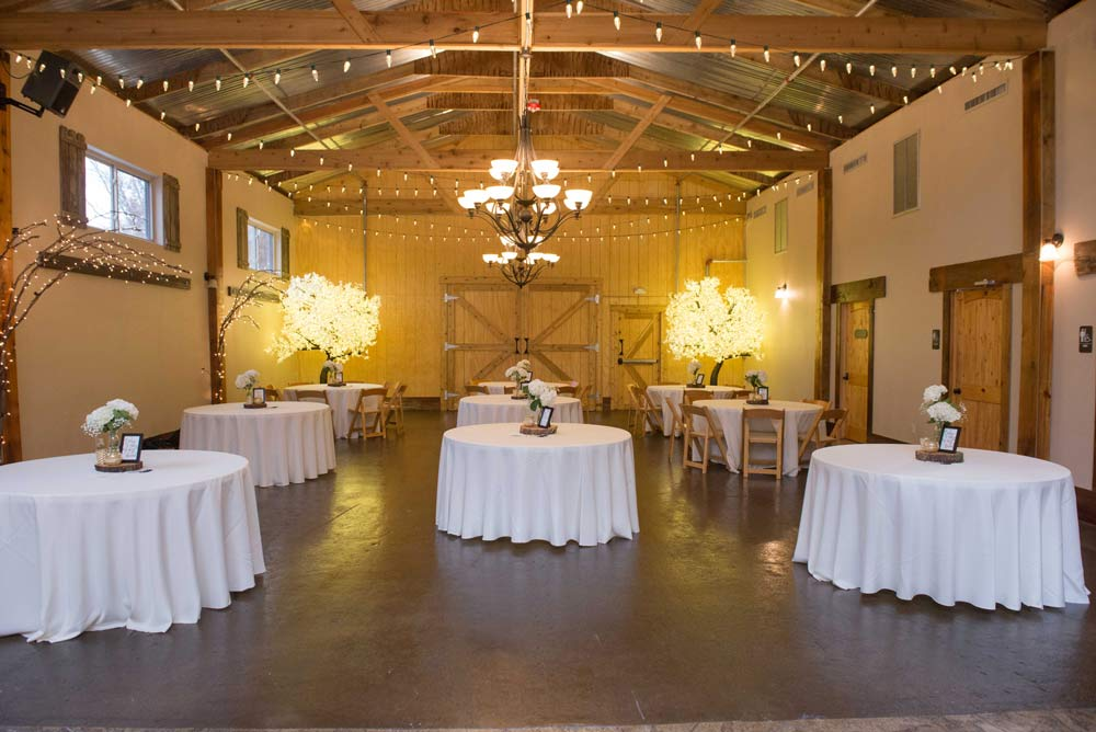 Reception site inside The Barn at the Springs