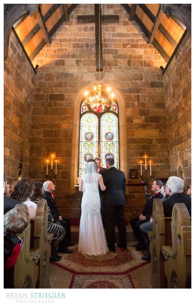 Fayetteville Wedding Photographer at alter St. Catherine's at Bell Gable