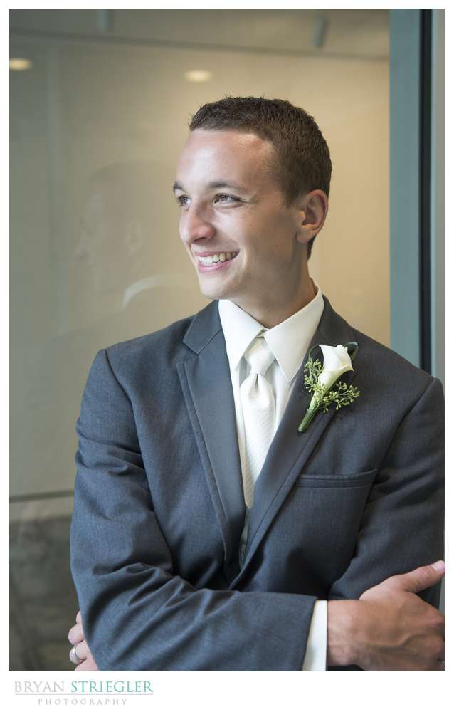 Northwest Arkansas Wedding Photographers groom photo