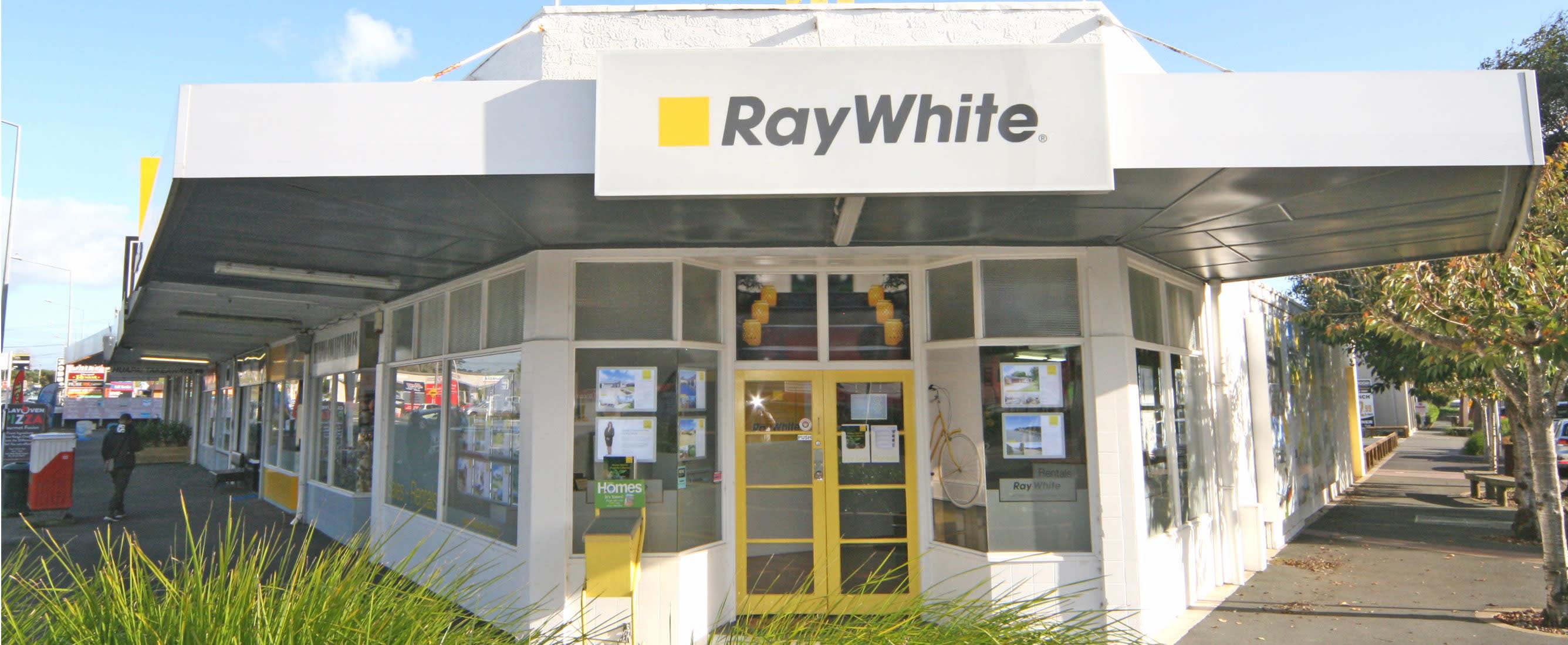 Ray White - Kumeu