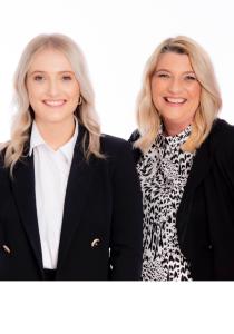 Lorraine and Annabel Marshall