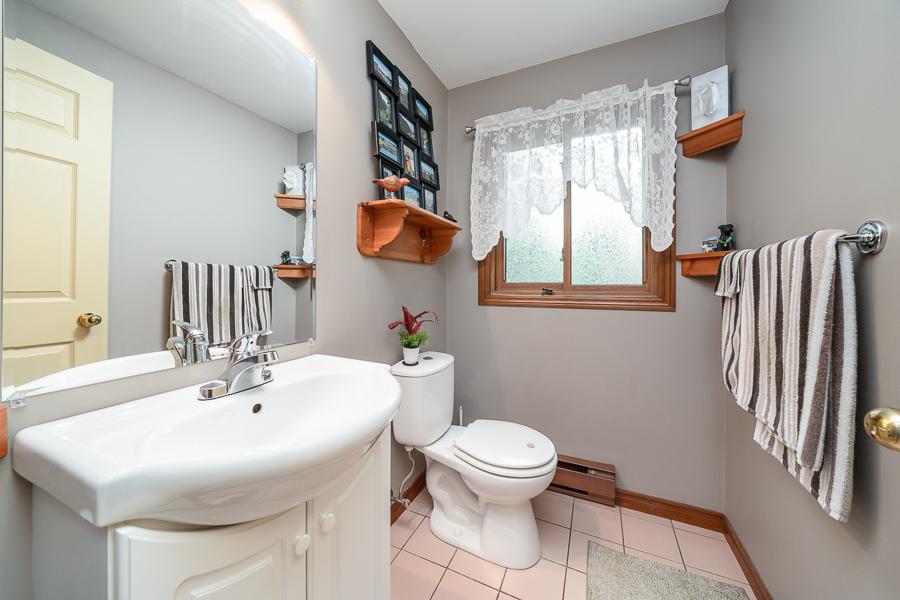 2-piece bathroom