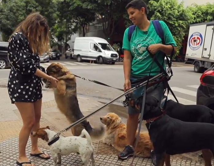 Жанна Бадоева: «В Аргентине все ходят к психологам, а выгульщики собак получают около 50 тысяч рублей в месяц»