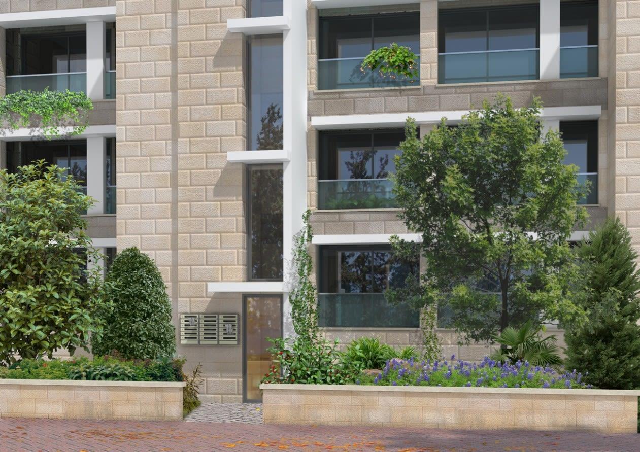Rivka 22, Jerusalem – Building entrance after implementation of Tama 38 project