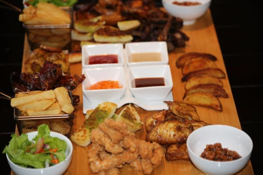 Treat Your friends and family with Twangale's special platter for 2 / 4 /6 people