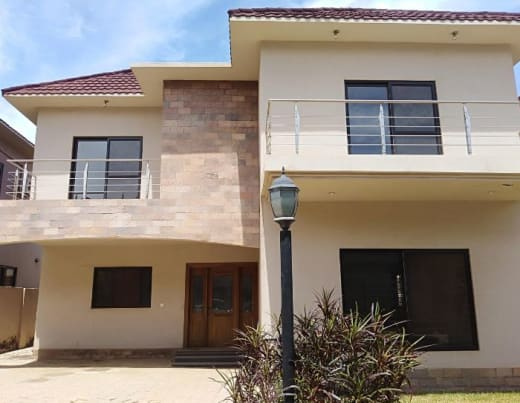 3 Bedroom house for sale in Roma