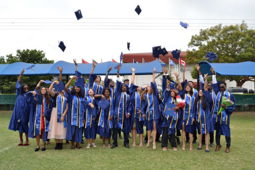 Congratulations to the 2019 graduates who recently received the IB Diploma exam results