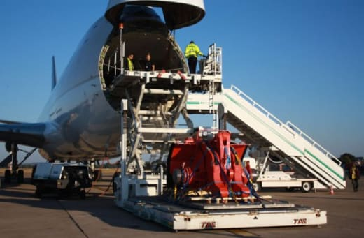 Aircraft parking and cabin cleaning services
