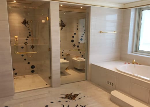Reinvent your kitchen or bathroom with aluminium kitchen cabinets and shower cubicles