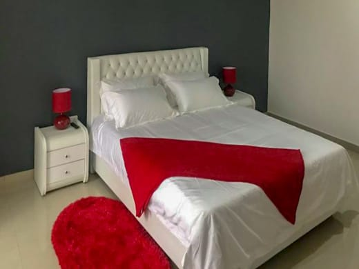 Fully furnished 2 and 1 bed-roomed serviced apartments