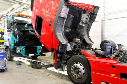 Differentials for light and heavy duty commercial trucks