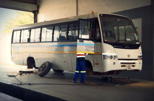 Tyre changing, wheel balancing and alignment for all vehicles