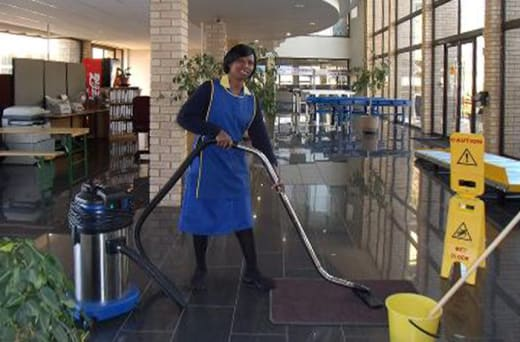 Domestic, commercial and specialised cleaning