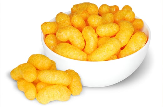 How corn puffs are made