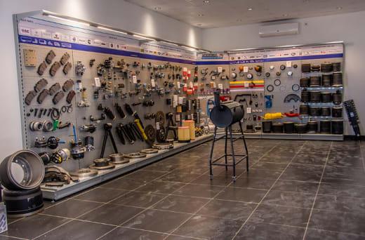 Commercial vehicle parts