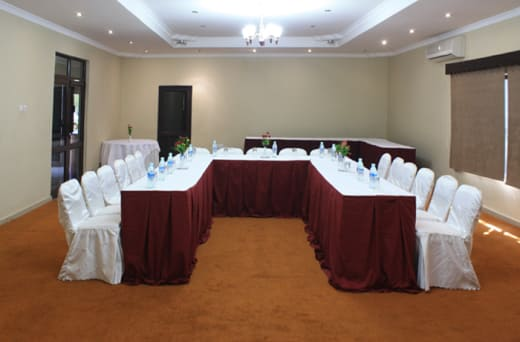 Mahak Restaurant & Lodge conference package