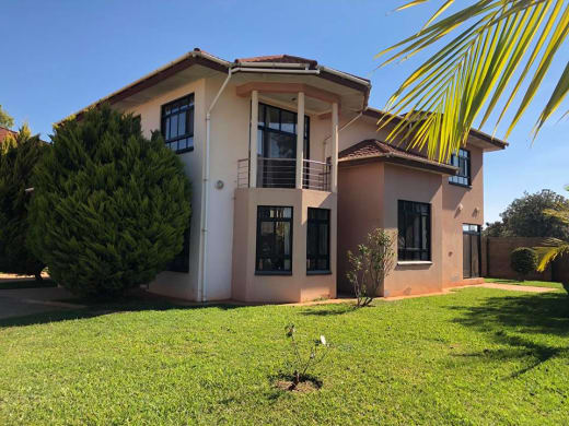 4 bedroom house to let in secure gated complex