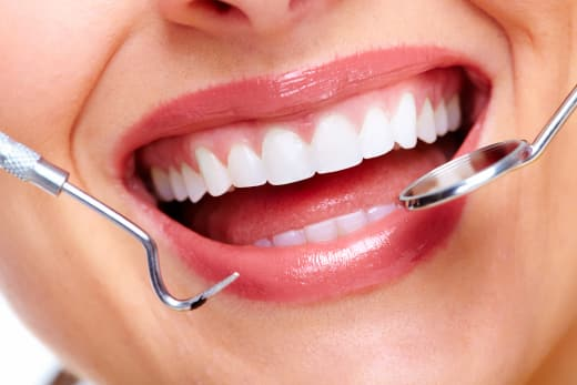 Avoid oral diseases by going on regular dental check ups