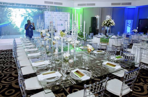 Event planners  - Venue selection, décor and music