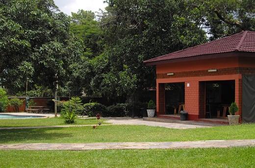 Roma Lodge Garden Bar
