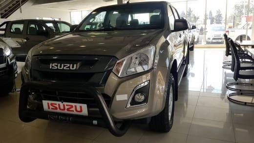 Price freeze on the all-new Isuzu KB 250 double cab