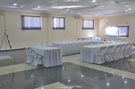 Fully equipped venue for up to 250 delegates