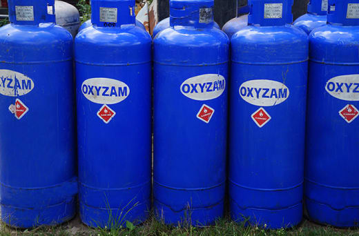 Refills and delivers oxygen cylinders and LPG tanks