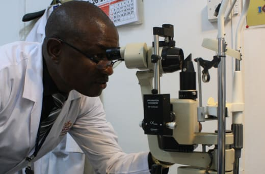Over 10 years' experience in optometry practice