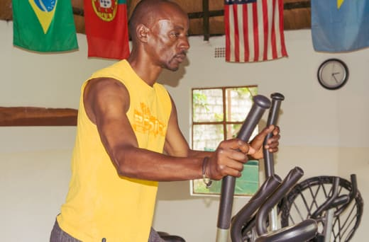 Registered, personal trainers to assist its members in getting the best results