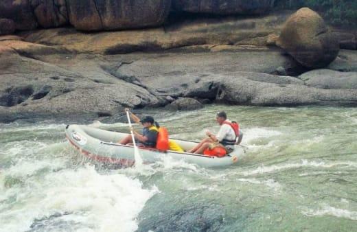Canoeing at Mawimbi Bush Camp